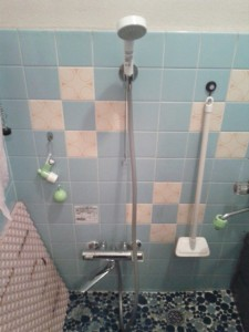 浴室 シャワー 給湯器